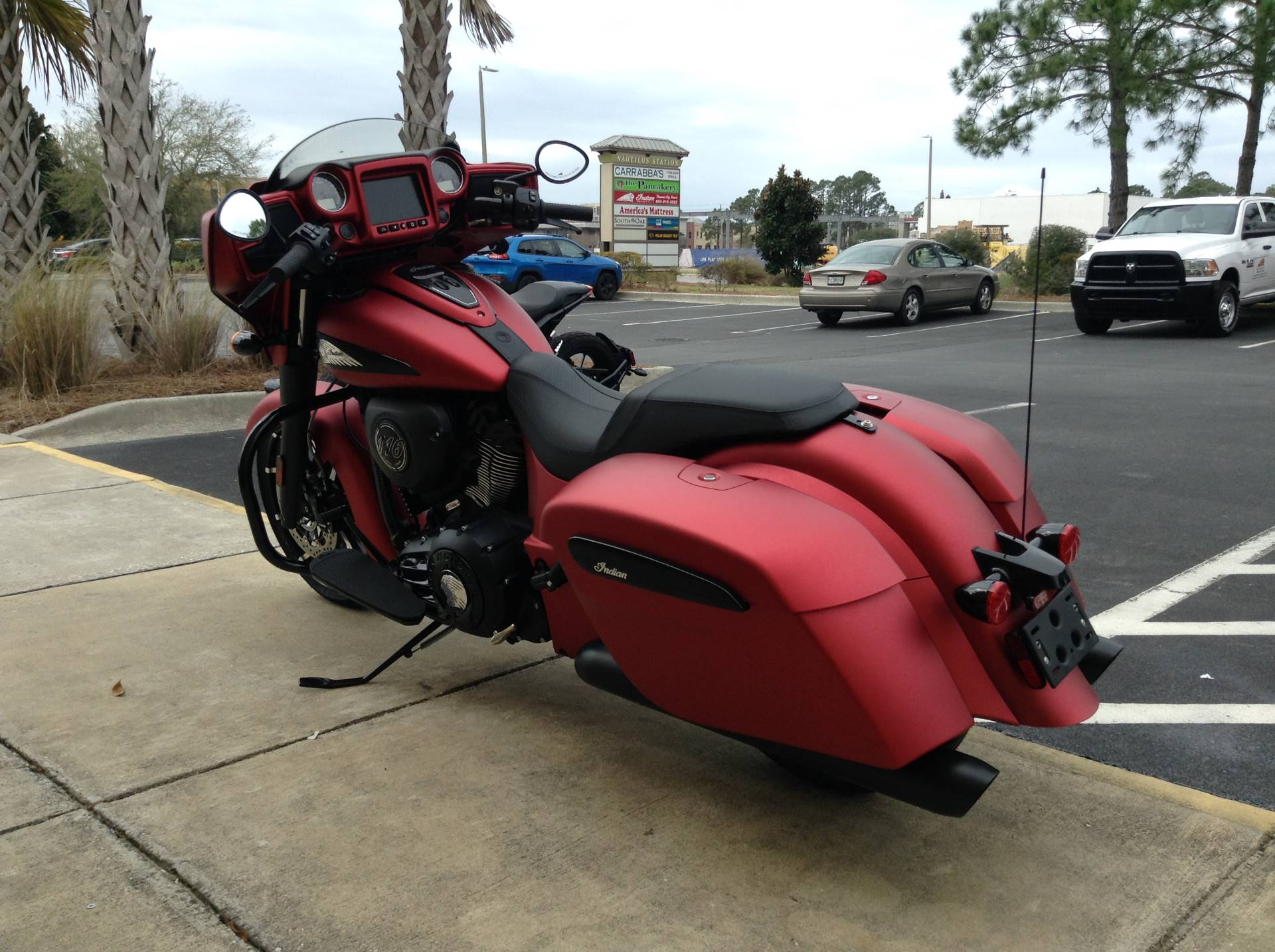 2020 Indian CHIEFTAIN DARKHORSE in Panama City Beach, Florida - Photo 6