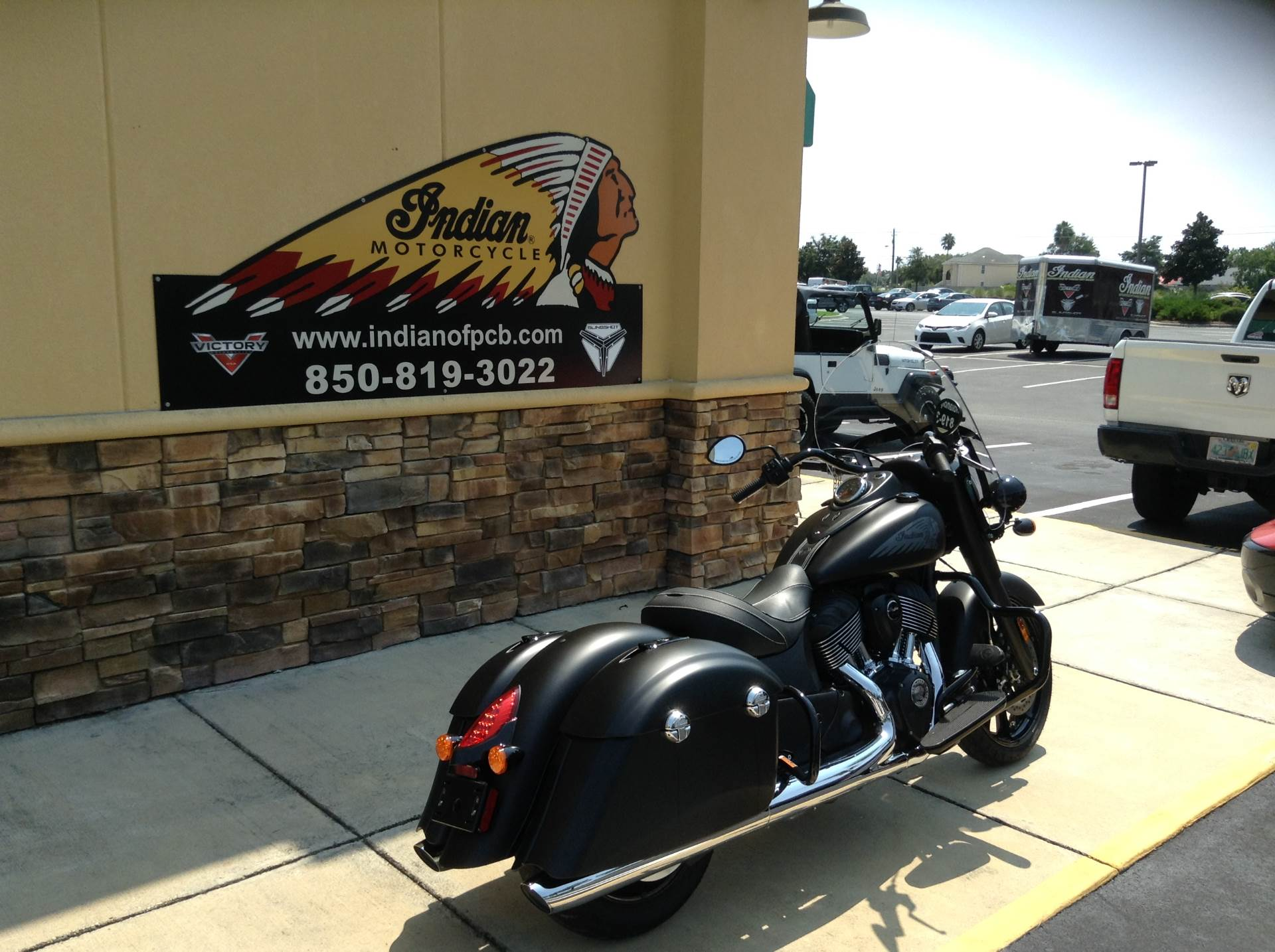 2018 Indian Springfield Dark Horse in Panama City Beach, Florida