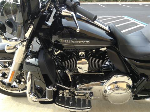 2015 Harley-Davidson ULTRA LIMITED LOW in Panama City Beach, Florida