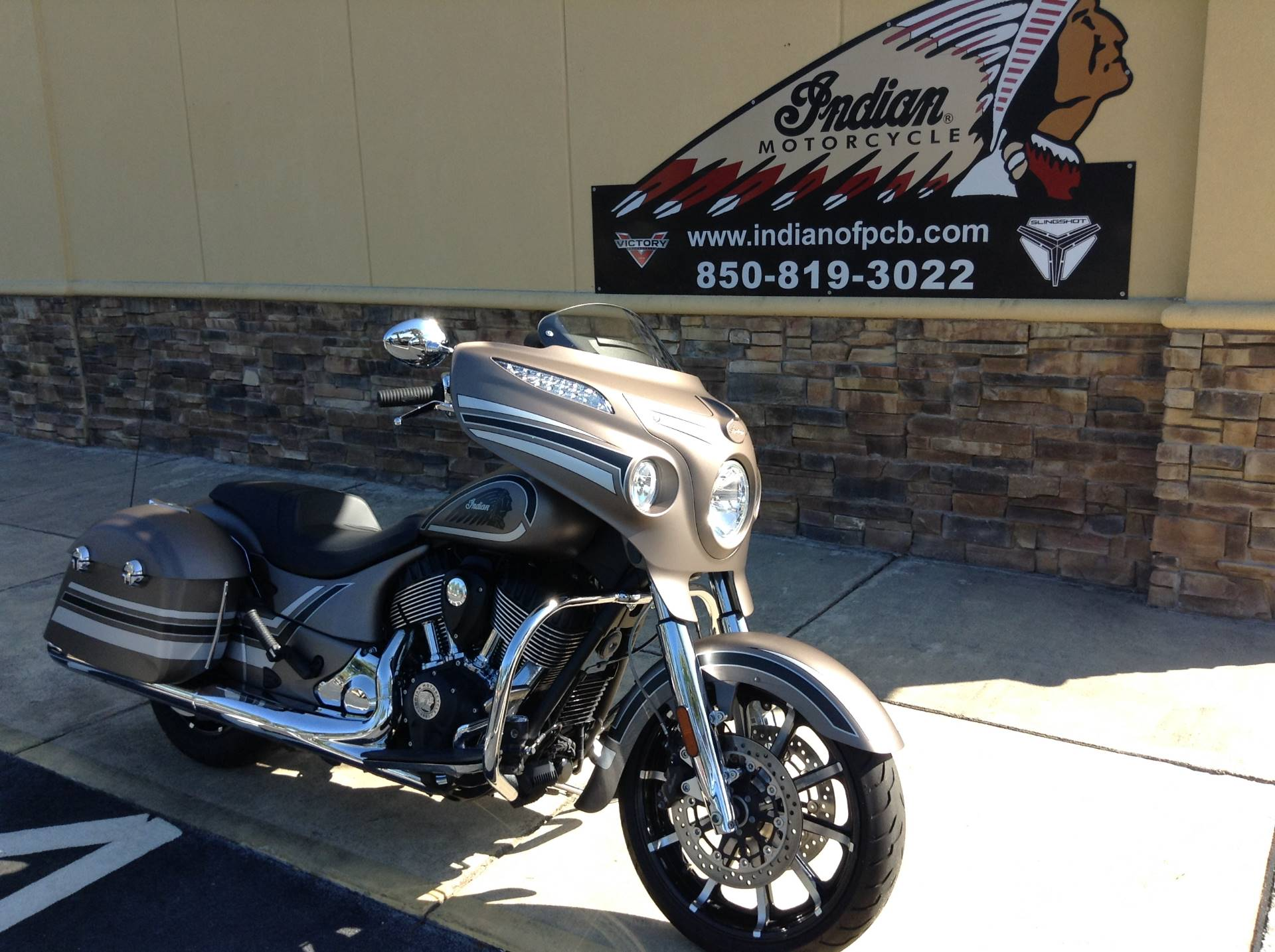 2018 Indian CHIEFTAIN LIMITED in Panama City Beach, Florida - Photo 1