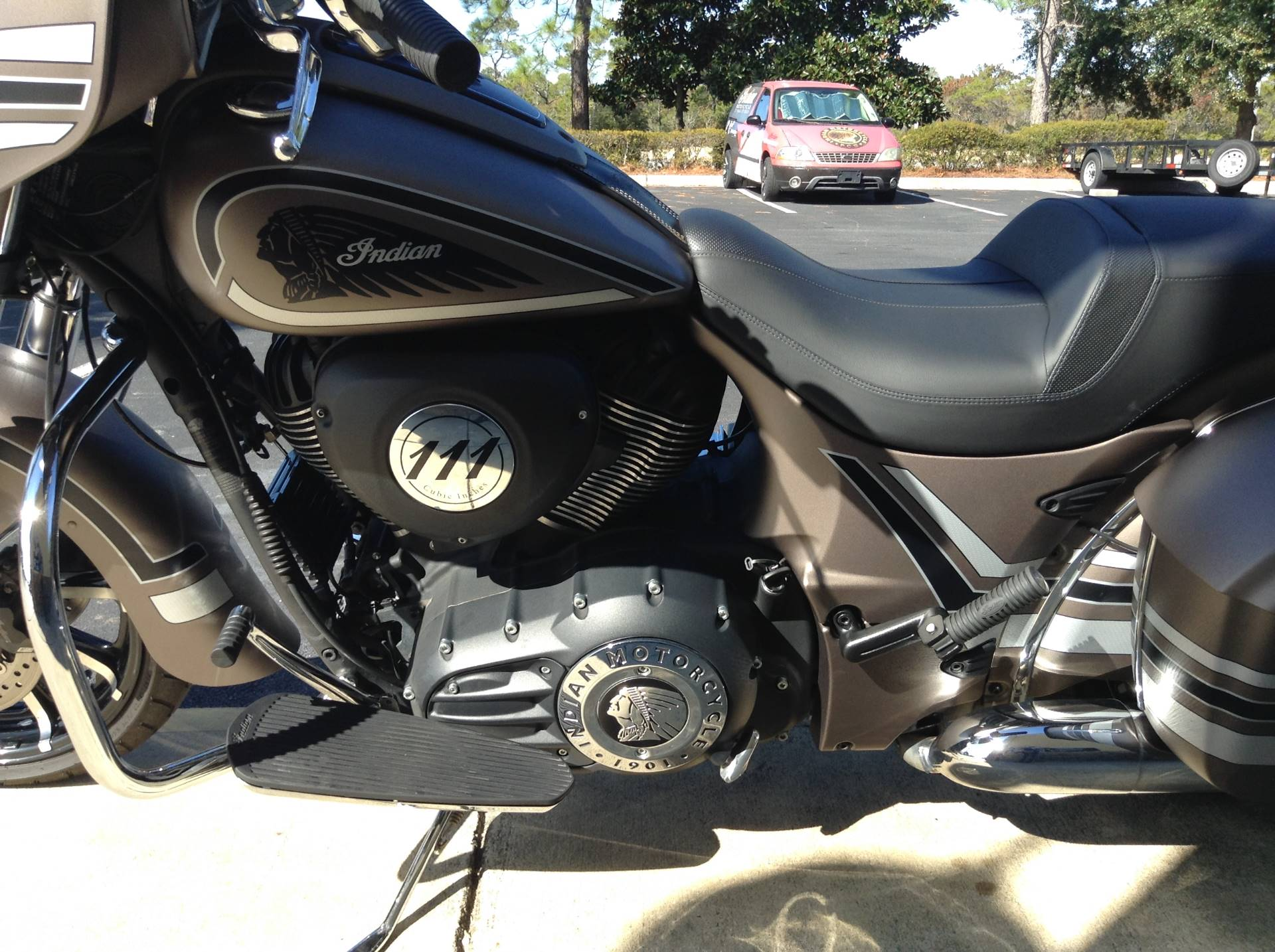 2018 Indian CHIEFTAIN LIMITED in Panama City Beach, Florida - Photo 12