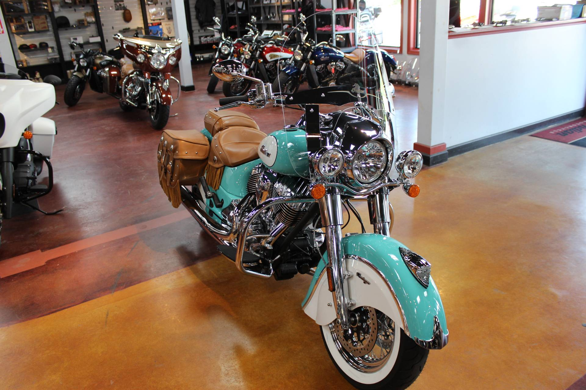 2019 Indian Chief® Vintage Icon Series in Murrells Inlet, South Carolina - Photo 6