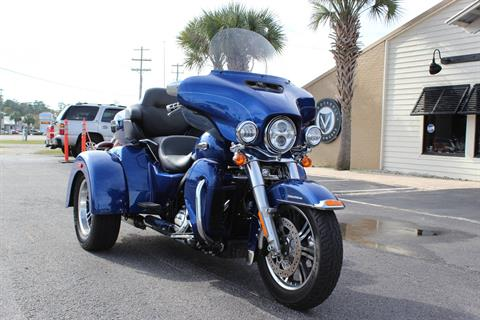 2017 Harley-Davidson Tri Glide® Ultra in Murrells Inlet, South Carolina