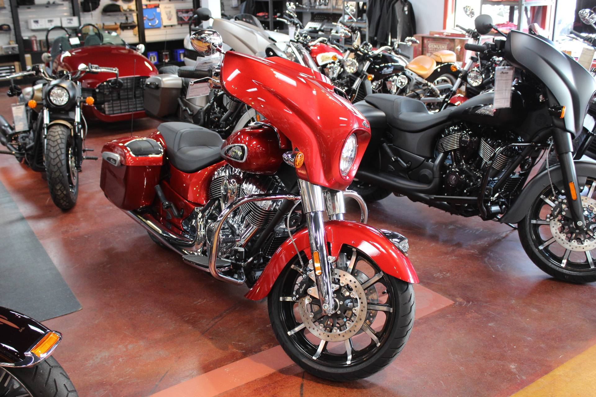 2019 Indian Chieftain® Limited ABS in Murrells Inlet, South Carolina - Photo 1