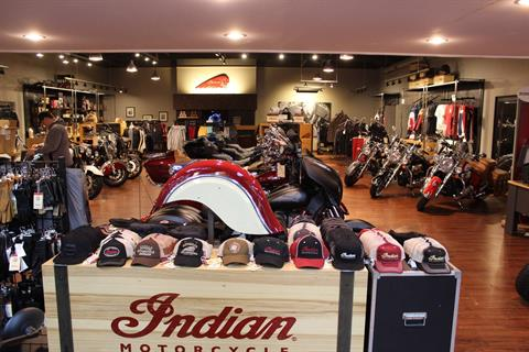 2019 Indian Chieftain® Limited ABS in Murrells Inlet, South Carolina - Photo 14