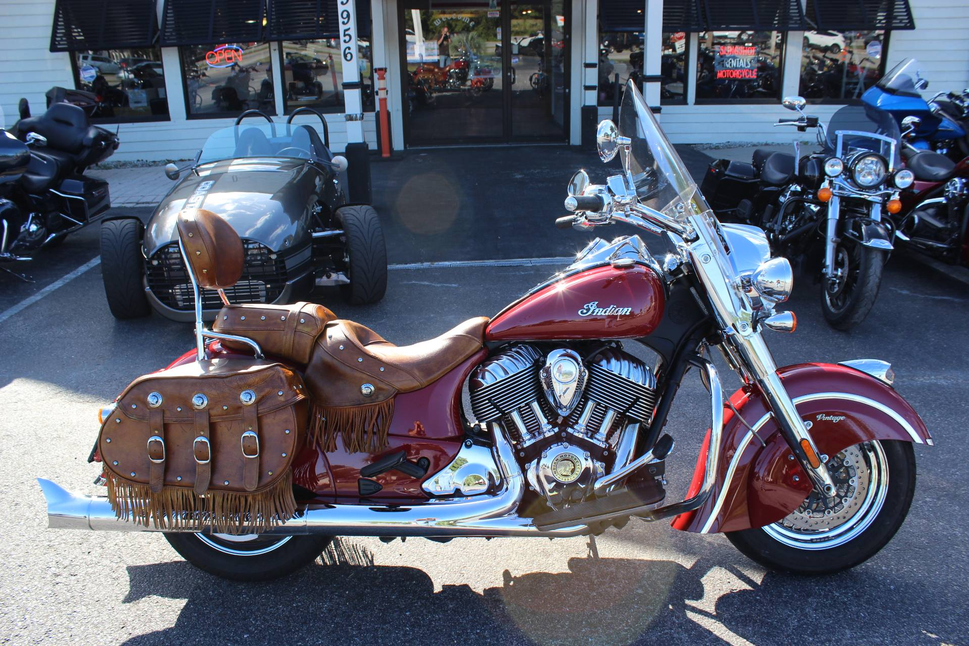 2014 Indian Chief® Vintage in Murrells Inlet, South Carolina - Photo 2