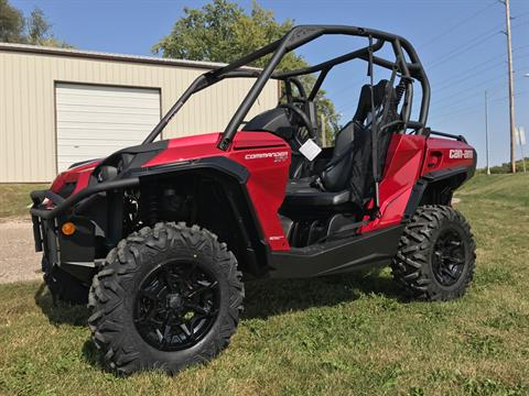 2018 Can-Am Commander XT 1000R in Waterloo, Iowa