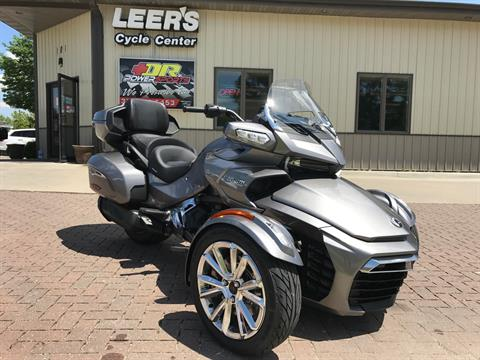 2017 Can-Am Spyder F3 Limited in Waterloo, Iowa