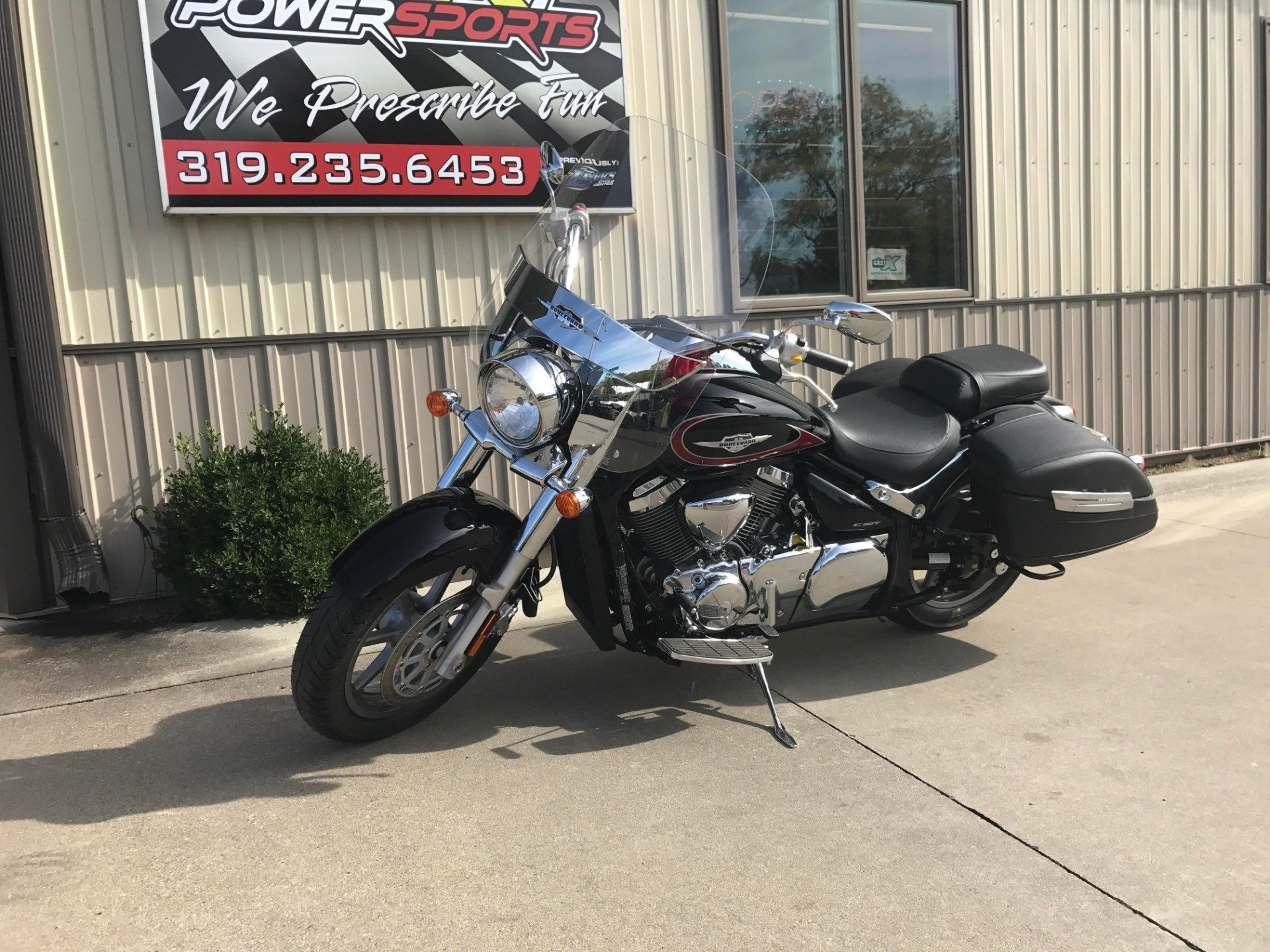 2016 Suzuki Boulevard C90T in Cedar Falls, Iowa - Photo 4