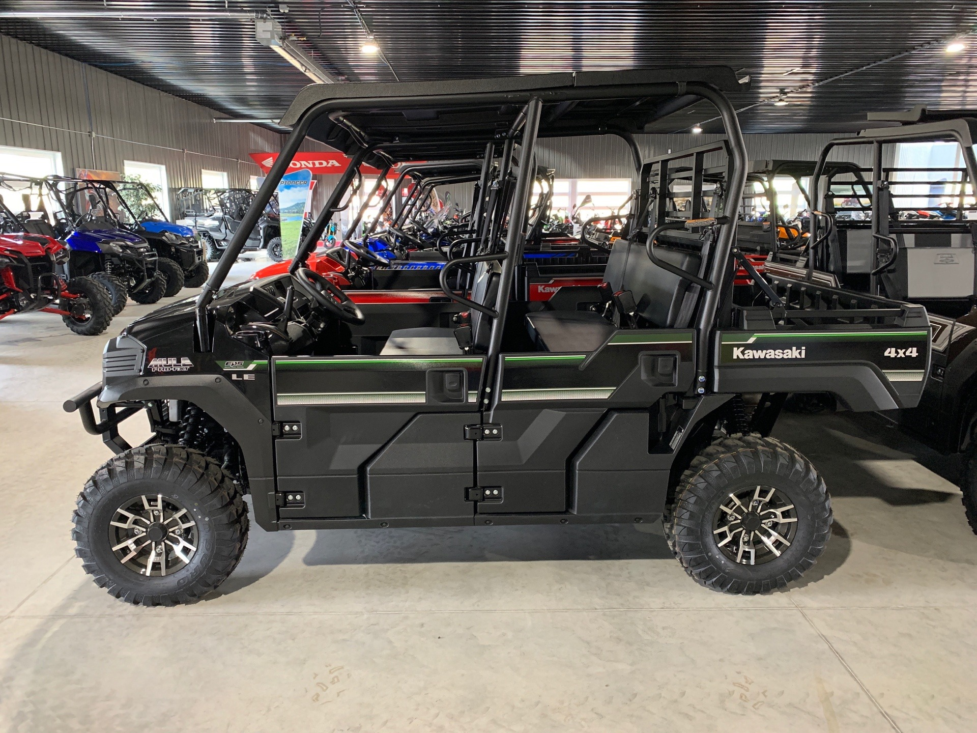 2019 Kawasaki Mule PRO-FXT EPS LE in Cedar Falls, Iowa - Photo 2