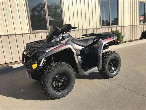 2017 Can-Am Outlander XT 570 in Waterloo, Iowa
