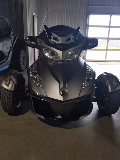 2014 Can-Am Spyder® RT Limited in Cedar Falls, Iowa