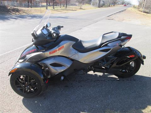2011 Can-Am Spyder® RS-S SE5 in Jones, Oklahoma