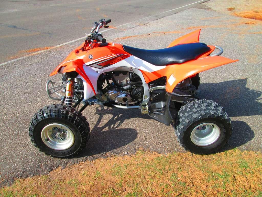 2014 Yamaha YFZ450R in Jones, Oklahoma