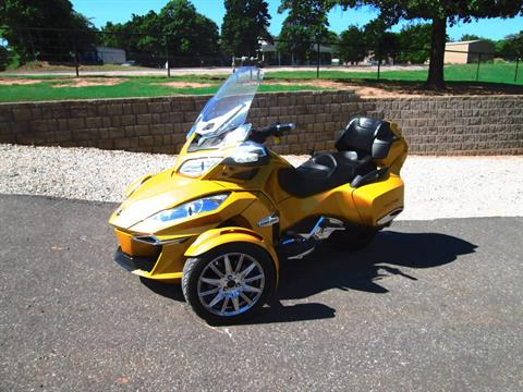 2015 Can-Am Spyder® RT Limited in Jones, Oklahoma