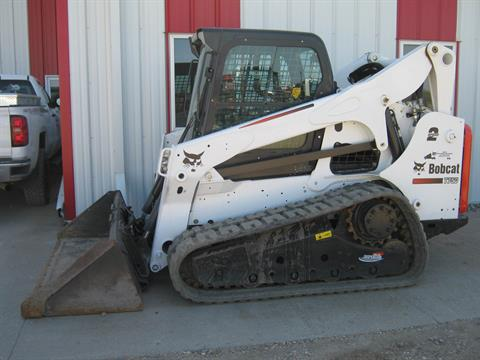 2012 Bobcat T750 in Wahpeton, North Dakota