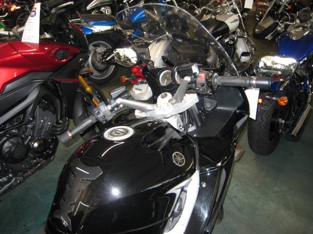 2009 Yamaha FJR 1300A in Louisville, Tennessee