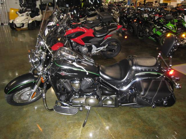 2015 Kawasaki Vulcan® 900 Classic LT in Louisville, Tennessee - Photo 2