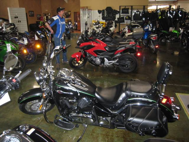 2015 Kawasaki Vulcan® 900 Classic LT in Louisville, Tennessee - Photo 8