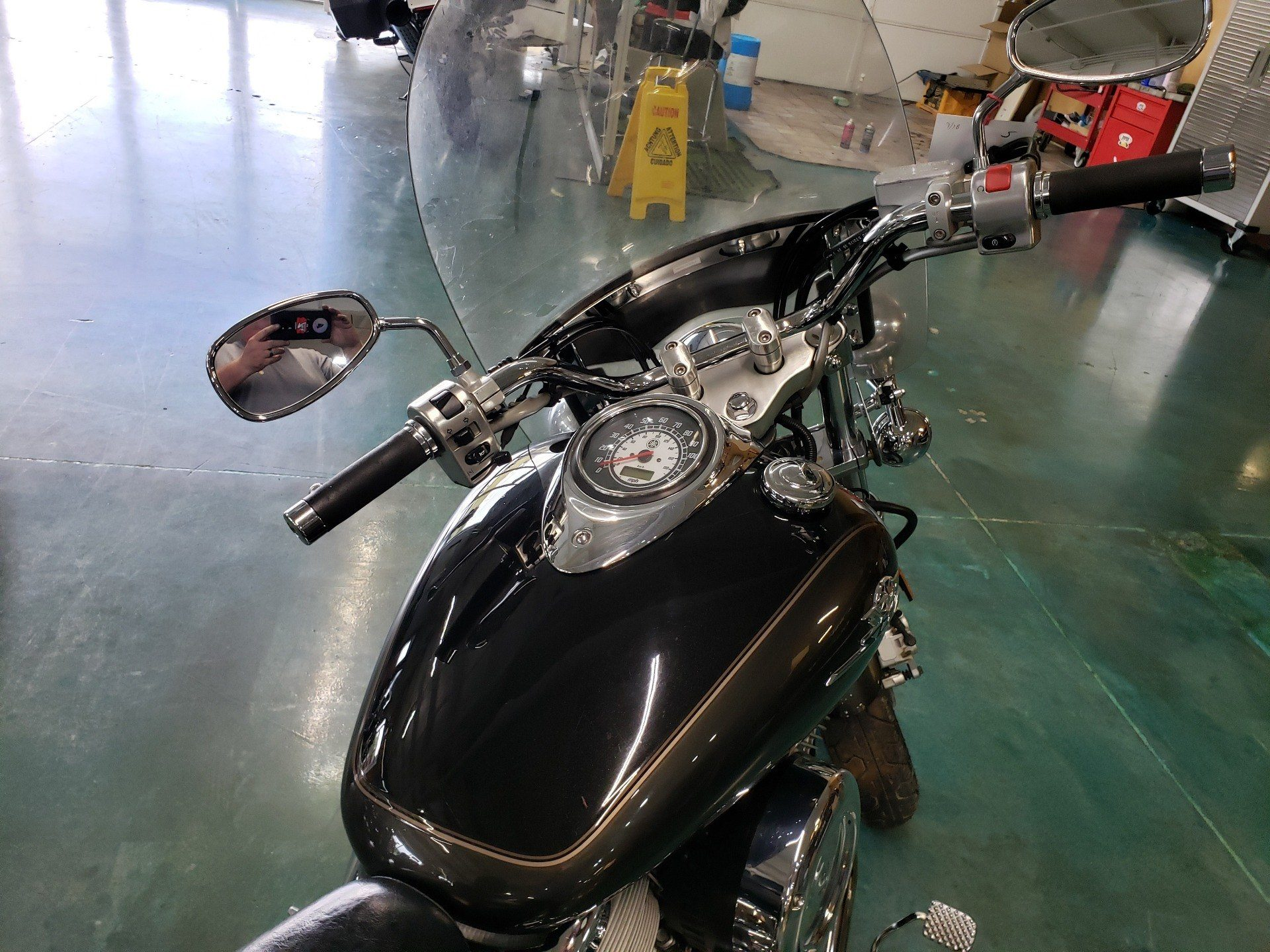 2003 Yamaha V Star 1100 in Louisville, Tennessee - Photo 4