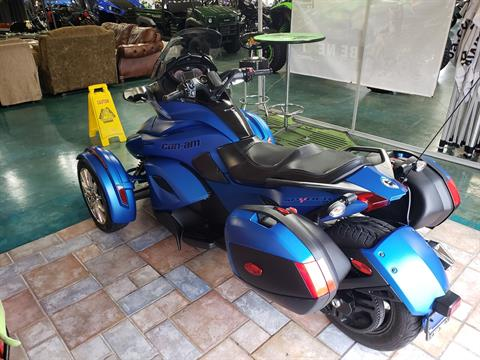 2015 Can-Am Spyder® ST Limited in Louisville, Tennessee - Photo 13