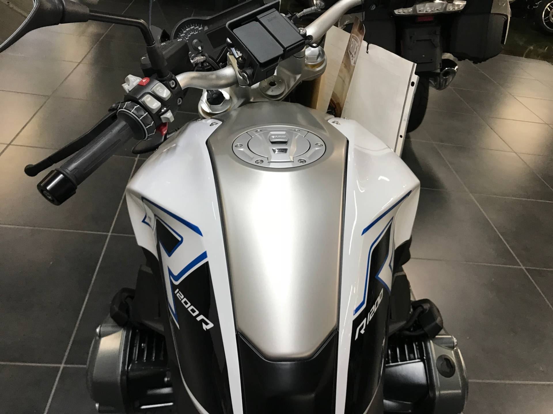 2017 BMW R 1200 R in Louisville, Tennessee