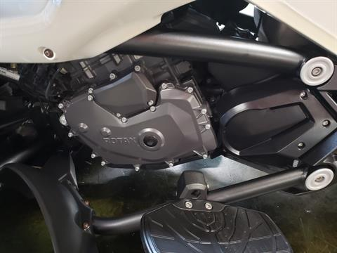 2016 Can-Am Spyder F3-T SE6 w/ Audio System in Louisville, Tennessee - Photo 11