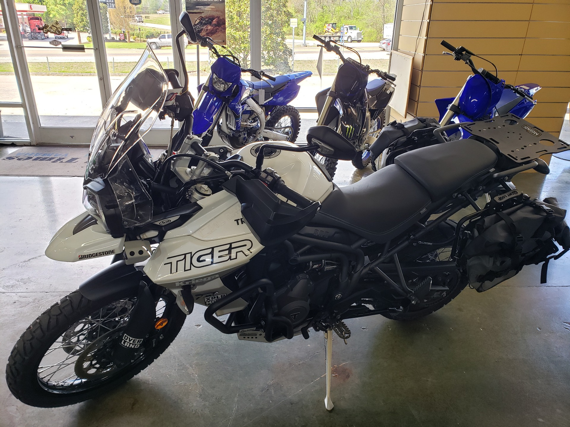2018 Triumph Tiger 800 XCa in Louisville, Tennessee - Photo 2