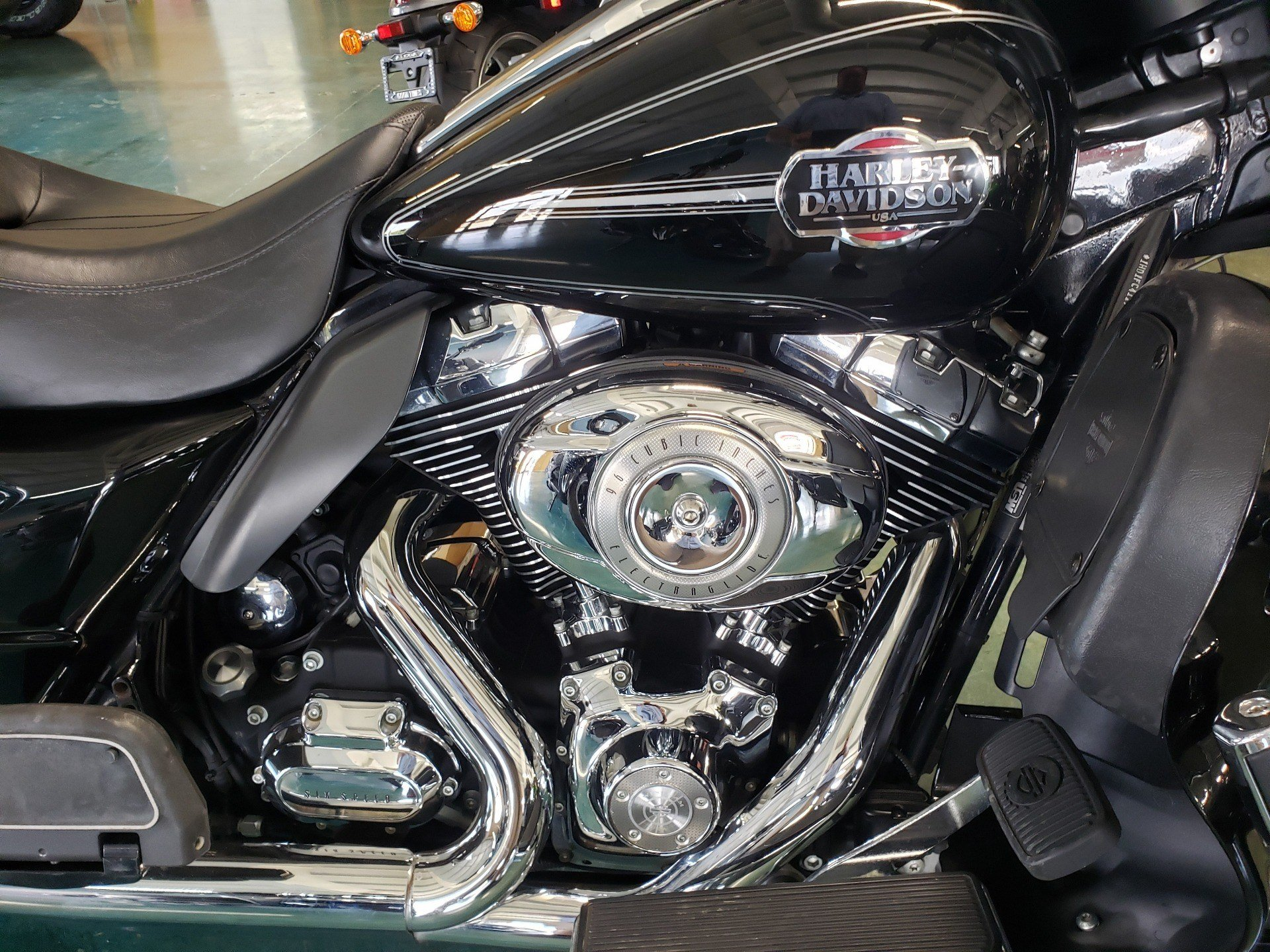2009 Harley-Davidson Ultra Classic® Electra Glide® in Louisville, Tennessee - Photo 8