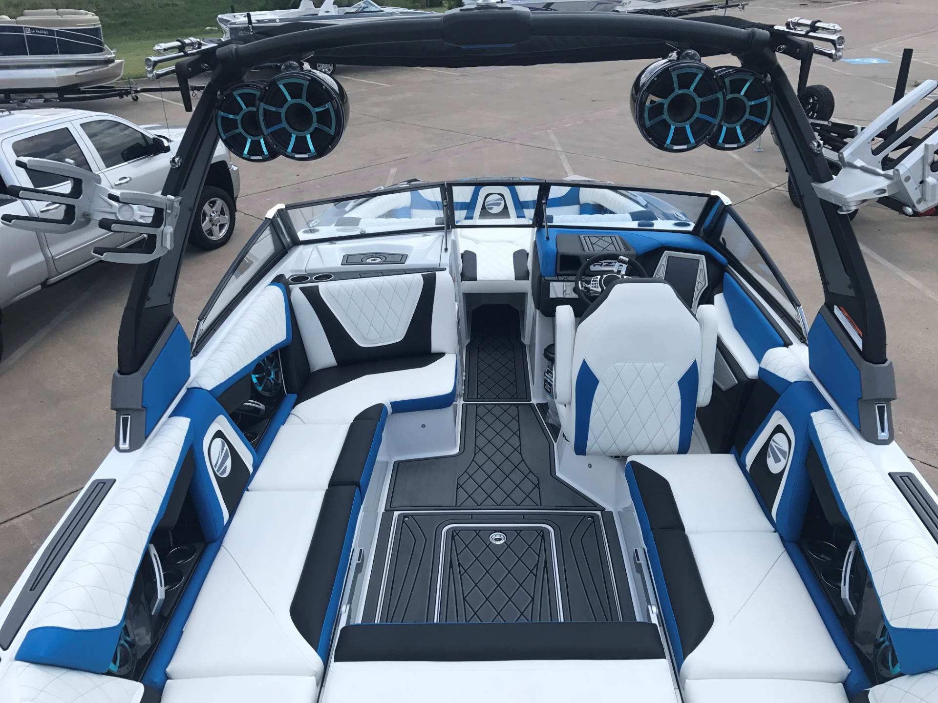 2018 TIGE RZX2 in Fort Worth, Texas