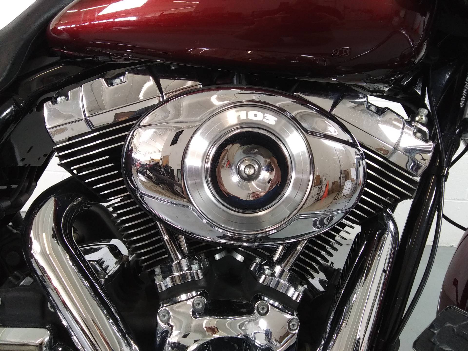 2015 Harley-Davidson Road Glide® in Stillwater, Oklahoma - Photo 2