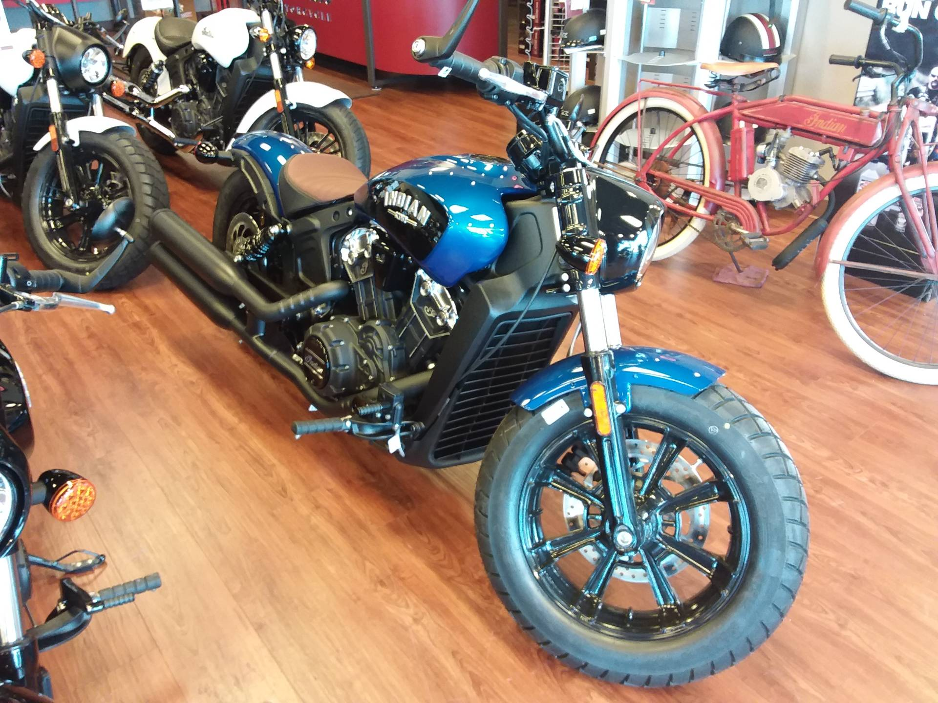 2019 Indian Scout® Bobber ABS Icon Series in Lincoln, Nebraska