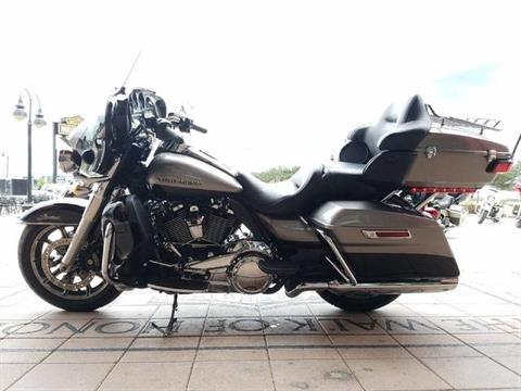 2017 Harley-Davidson Ultra Limited in Orlando, Florida - Photo 7