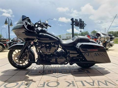 2018 Harley-Davidson Road Glide® Special in Orlando, Florida - Photo 5