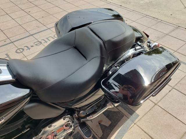 2018 Harley-Davidson Road Glide® in Orlando, Florida - Photo 6