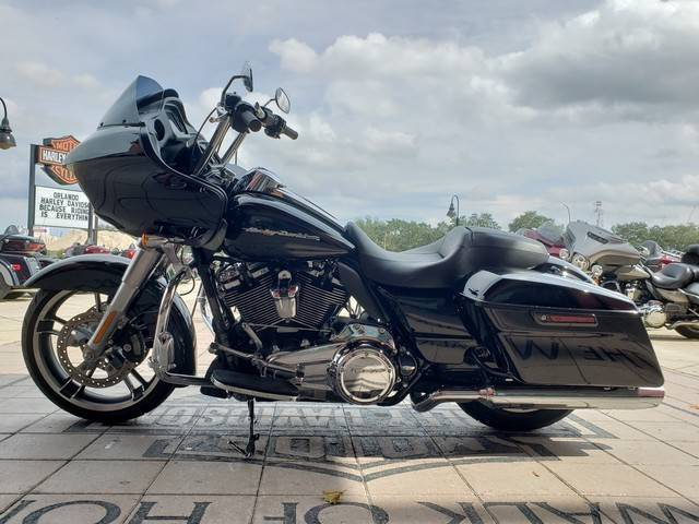 2018 Harley-Davidson Road Glide® in Orlando, Florida - Photo 8