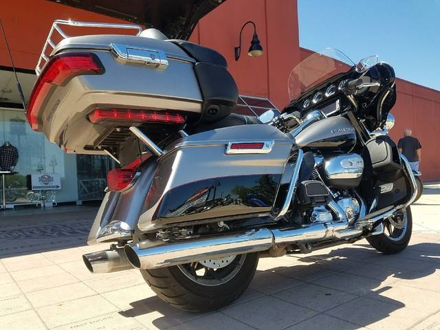 2017 Harley-Davidson Ultra Limited in Orlando, Florida - Photo 4