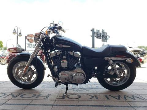 2013 Harley-Davidson Sportster® 1200 Custom in Orlando, Florida - Photo 2