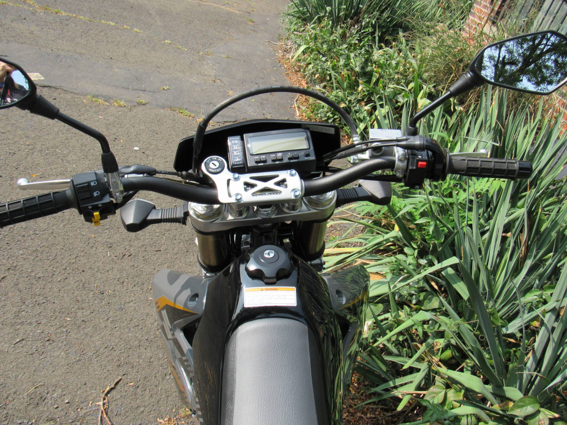 2016 Suzuki DR-Z400SM in New Haven, Connecticut - Photo 10