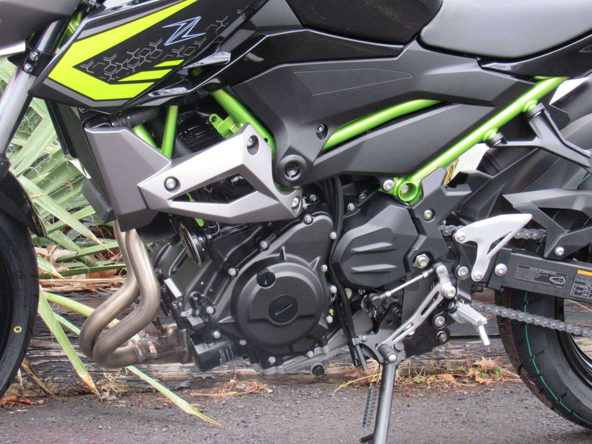 2020 Kawasaki Z400 ABS in New Haven, Connecticut - Photo 7
