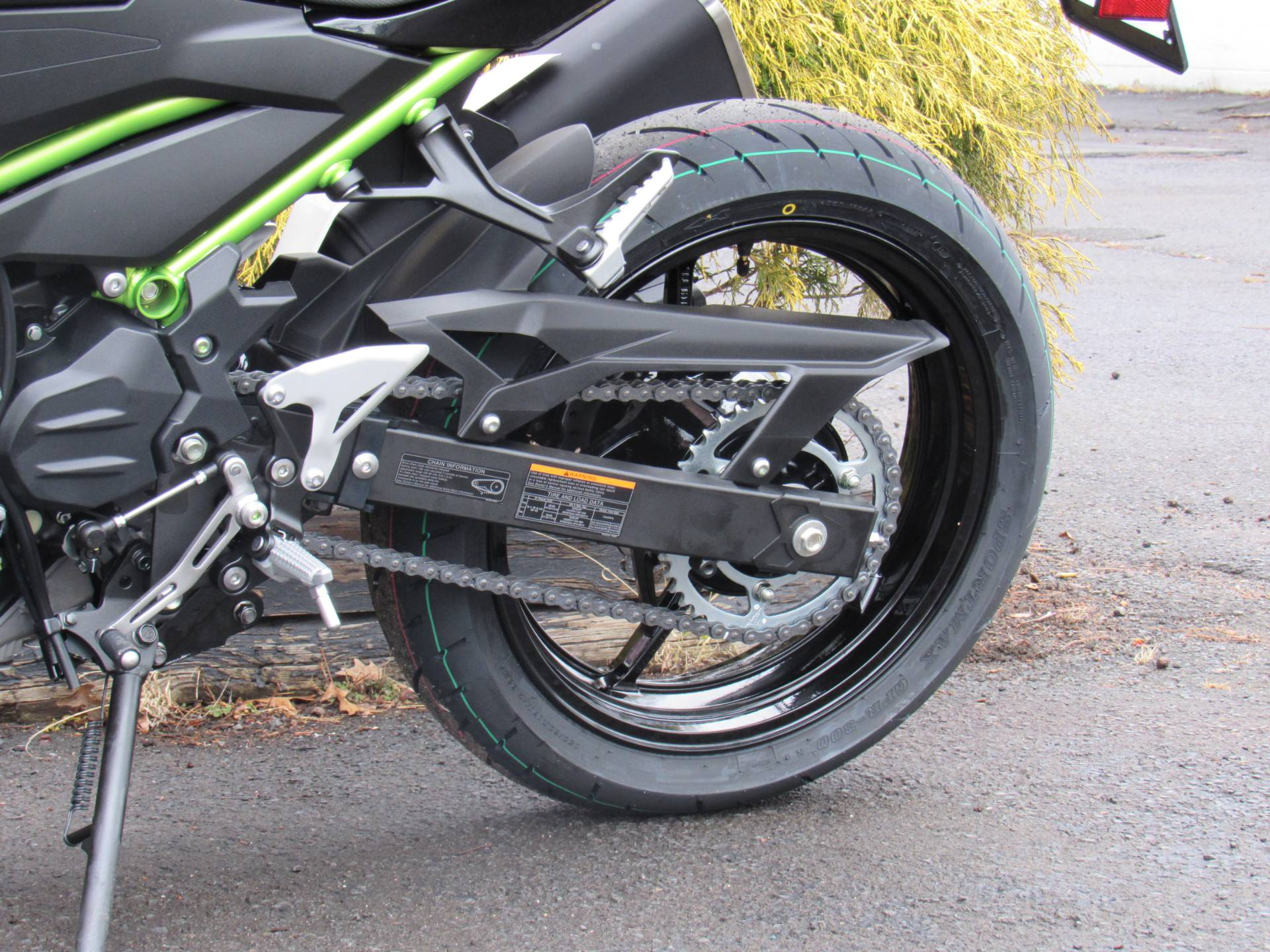 2020 Kawasaki Z400 ABS in New Haven, Connecticut - Photo 15