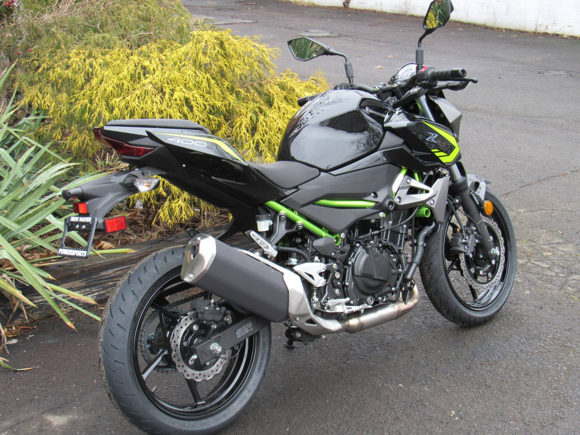 2020 Kawasaki Z400 ABS in New Haven, Connecticut - Photo 4
