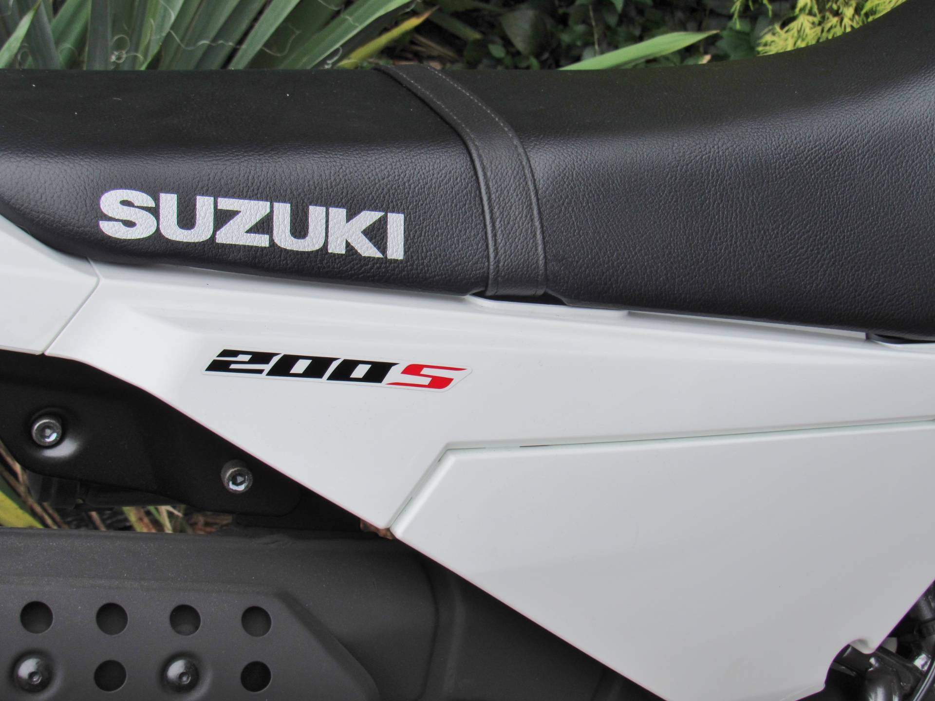 2019 Suzuki DR200S in New Haven, Connecticut - Photo 9