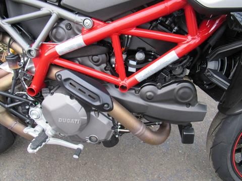 2019 Ducati Hypermotard 950 SP in New Haven, Connecticut - Photo 10
