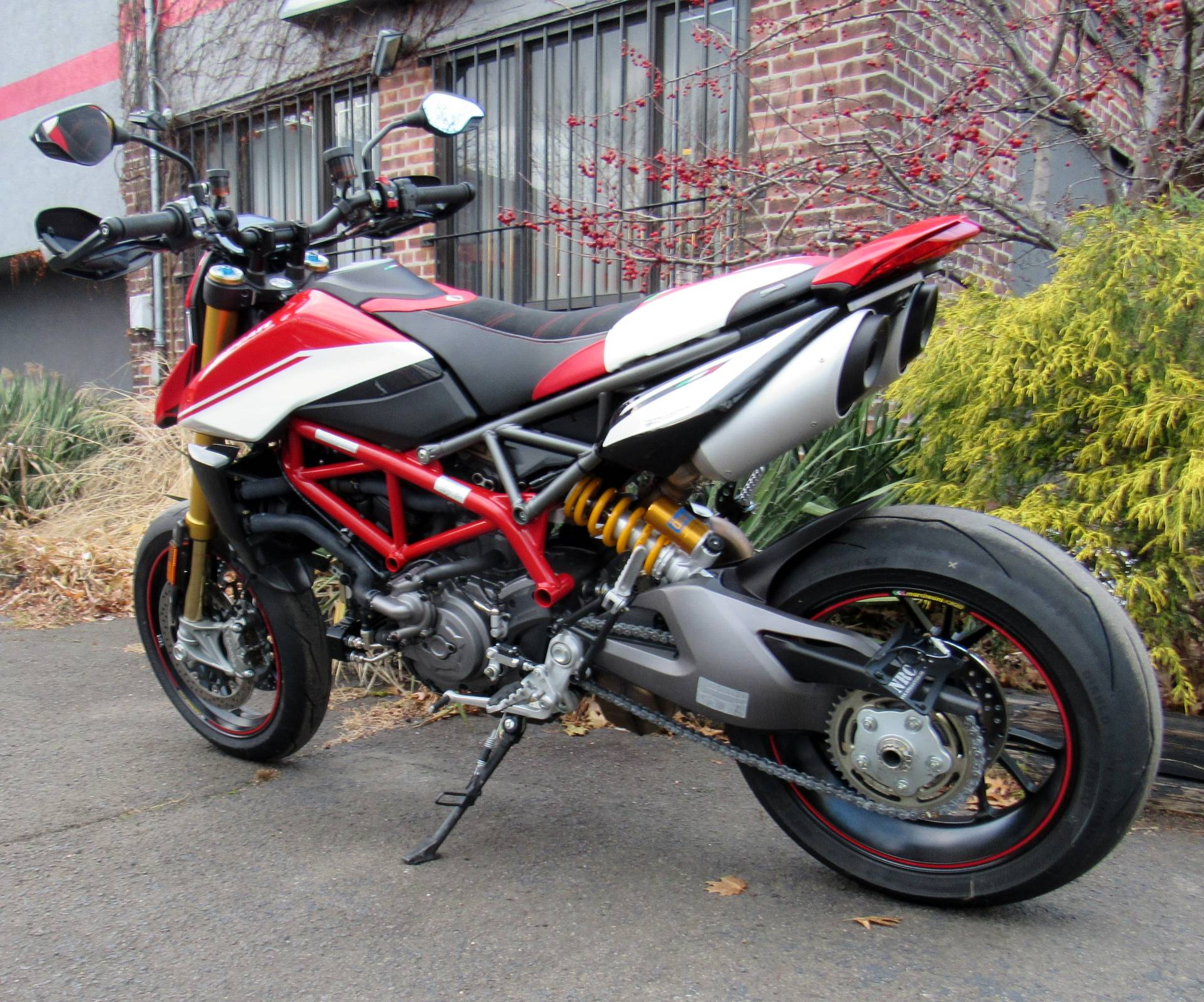 2019 Ducati Hypermotard 950 SP in New Haven, Connecticut - Photo 2