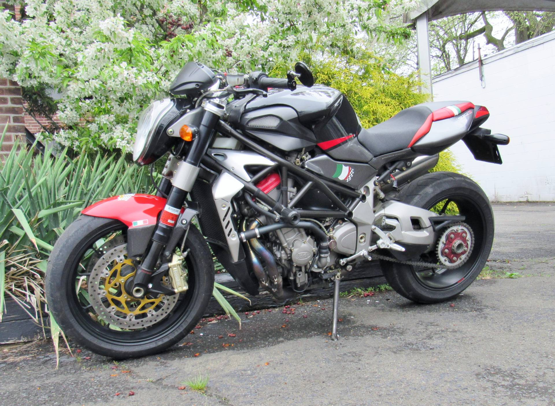 2008 MV Agusta Brutale 910R in New Haven, Connecticut - Photo 1