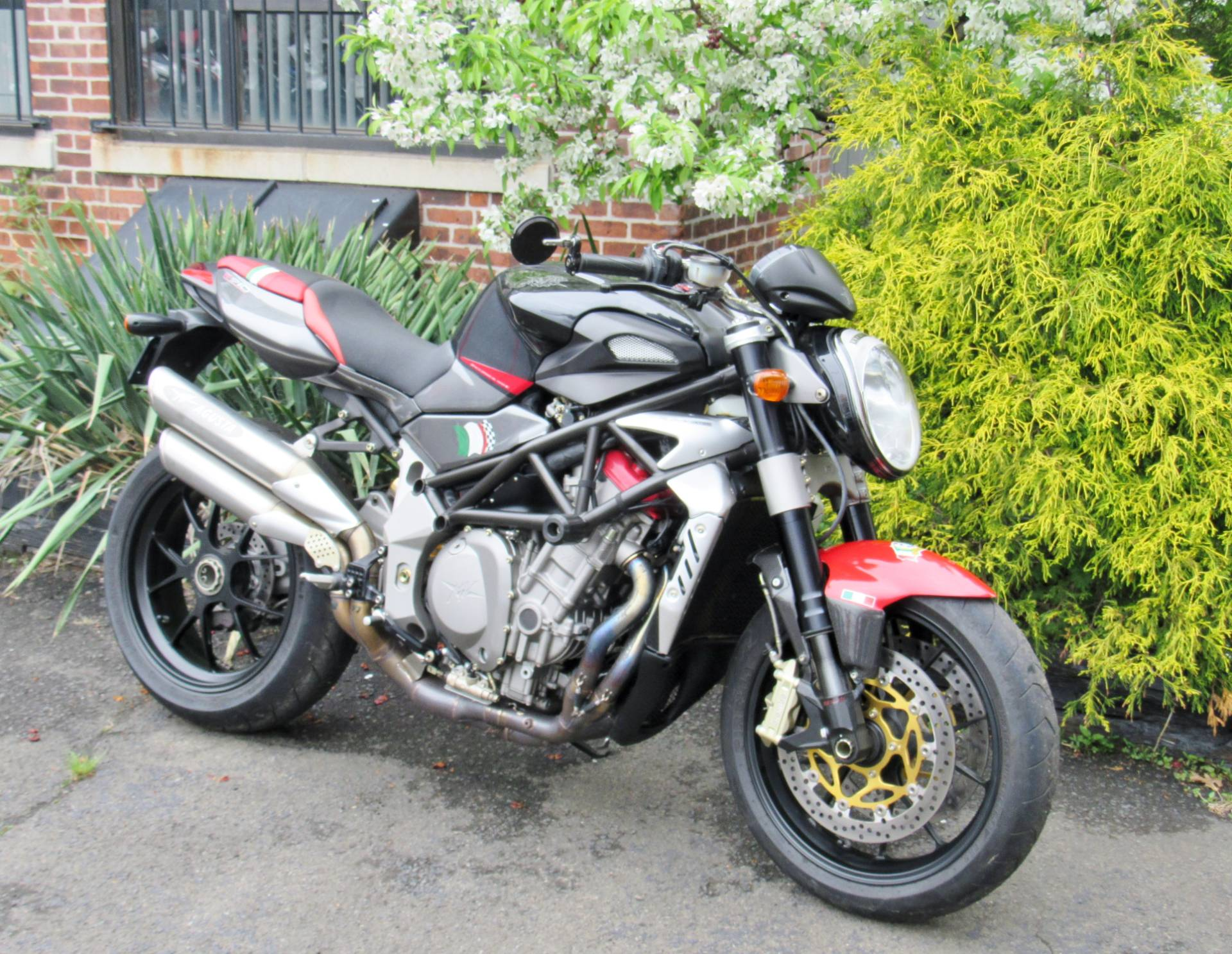 2008 MV Agusta Brutale 910R in New Haven, Connecticut - Photo 3