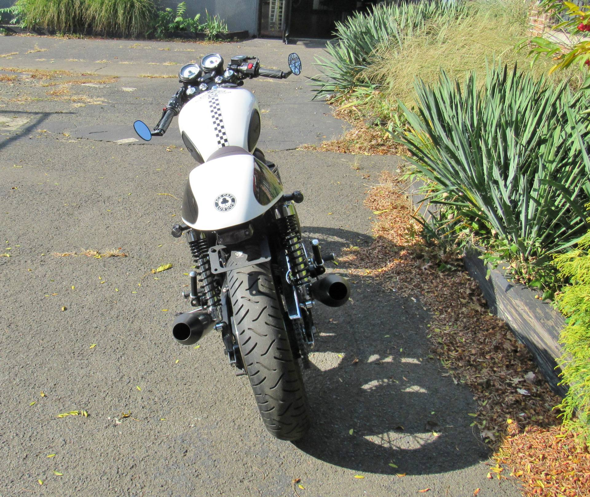 2015 Triumph Thruxton Ace in New Haven, Connecticut - Photo 5