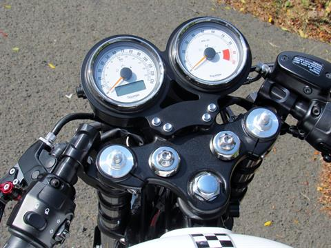 2015 Triumph Thruxton Ace in New Haven, Connecticut - Photo 16