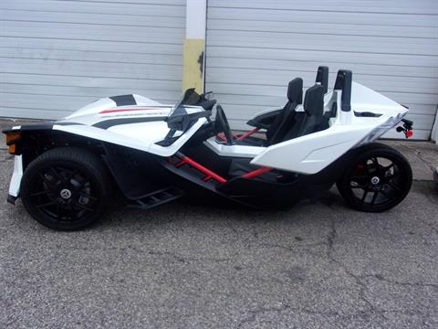 2016 Polaris SLINGSHOT SL LE in Philadelphia, Pennsylvania